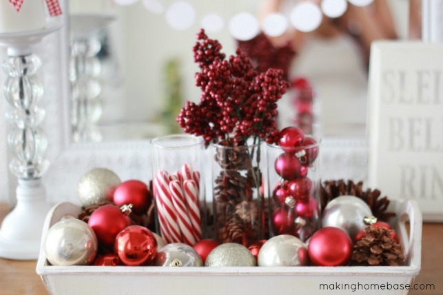 A Red and White Christmas Vignette