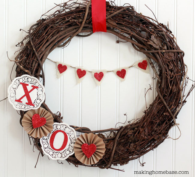 Valentine's Day Decor: Valentine's Day Wreath
