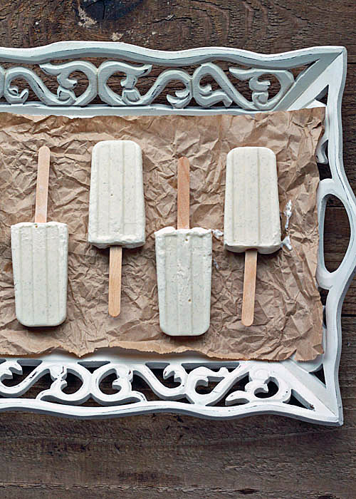 Skinny-Vanilla-Bean-Cheesecake-Popsicles2