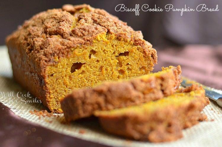 Biscoff-Cookie-Pumpkin-Bread-3-c-willcookforsmiles.com-pumpkin-bread