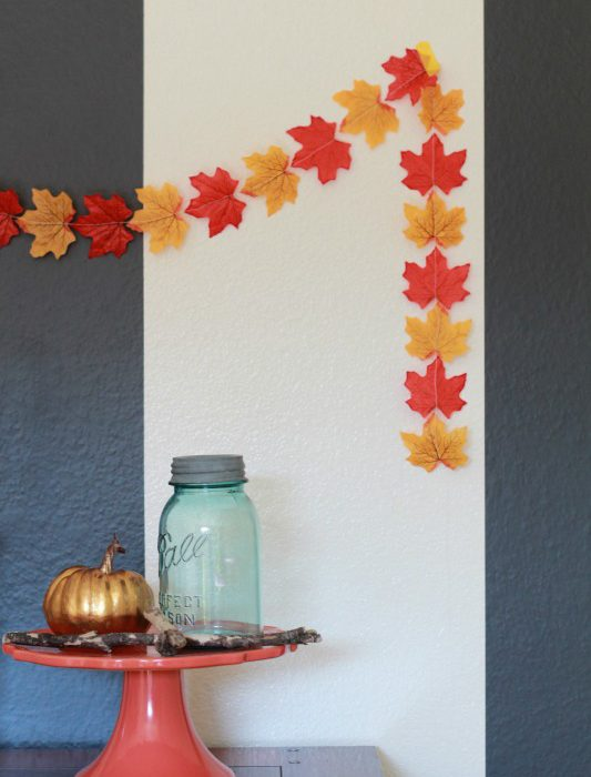 5 Minute Fall Craft – Fall Garland
