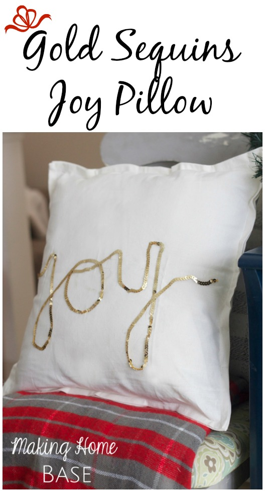 Sequins holiday pillow