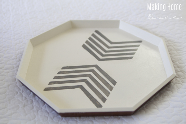 Trash to Treasure: Stylish Octagon Tray