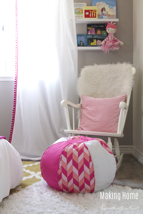 Pink and white girls room