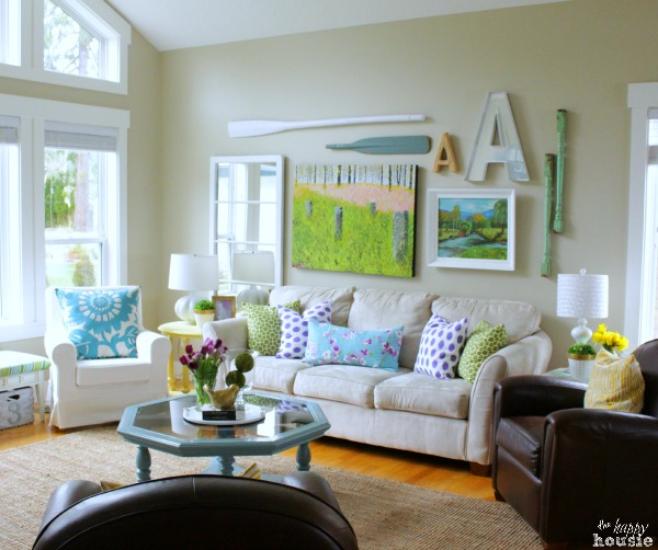Spring-Home-Tour-Living-Room-gallery-wall-at-The-Happy-Housie