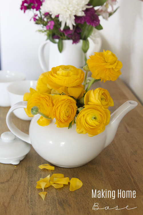Teapot Vase Fresh Flowers