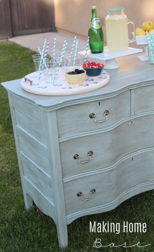 Outdoor Drink Station and MORE summer ideas #summercelebration