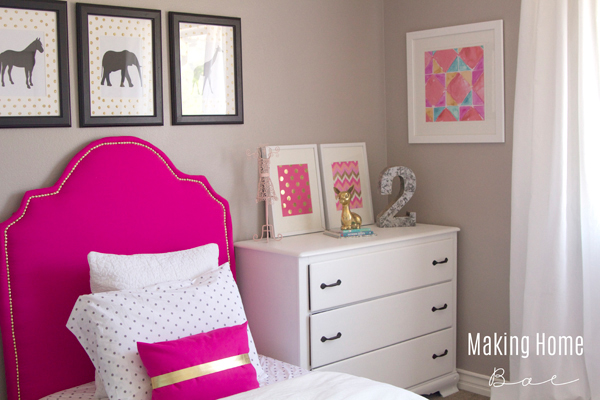 Decorating A Small Bedroom For A Little Girl: tiny room makeover