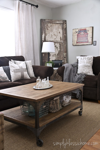 Etonnant Decorating, Living With, And Loving, A Brown Sofa