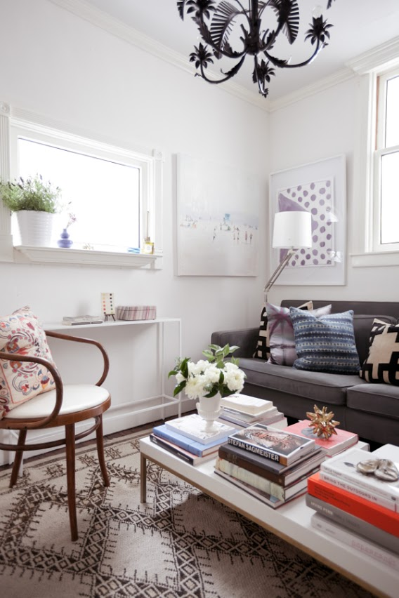 jordan-ferney-apartment-san-francisco-small-apartment-tips-living-room