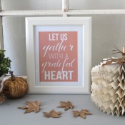 Fall Vignette with Grateful Heart Printable www.makinghomebase.com
