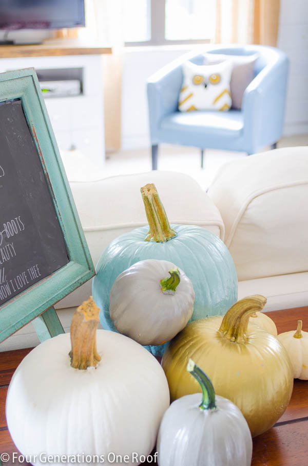 painted_pumpkins_chalk_paint-1-3
