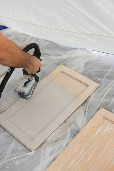 How to paint oak cabinets the easy way. Time saving tips and tricks