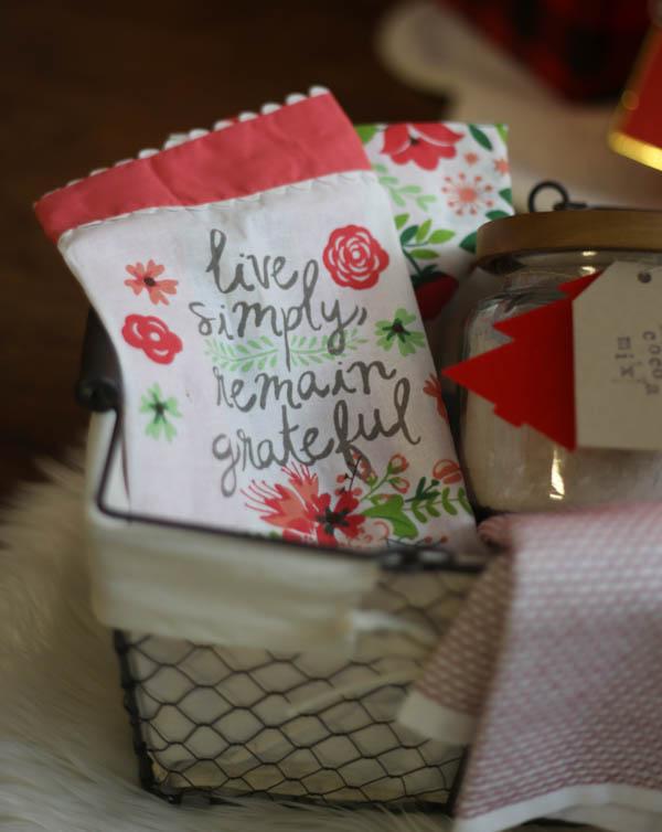 Gift Basket Gift Ideas_-4