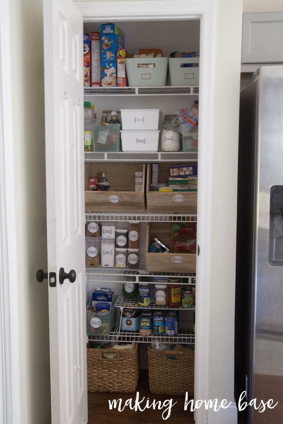Organized Pantry With Labels-6