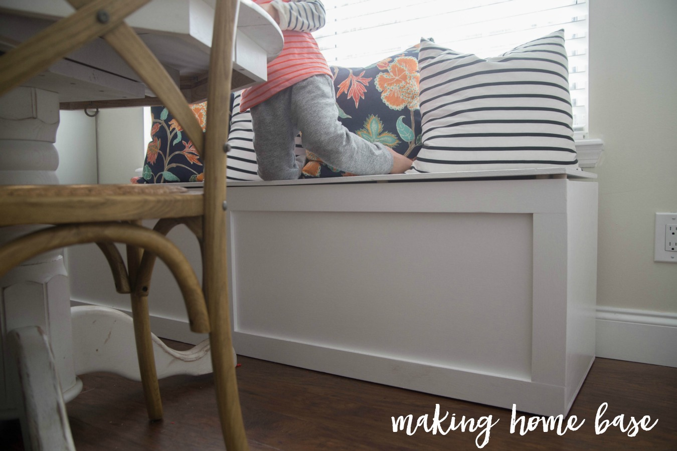 How To Build A Window Seat - I love this - plus it has a ton of extra storage!!