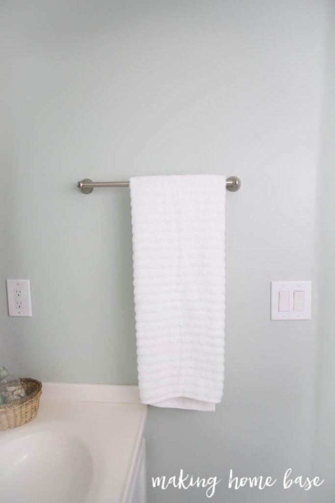 Coastal Guest Bathroom-29