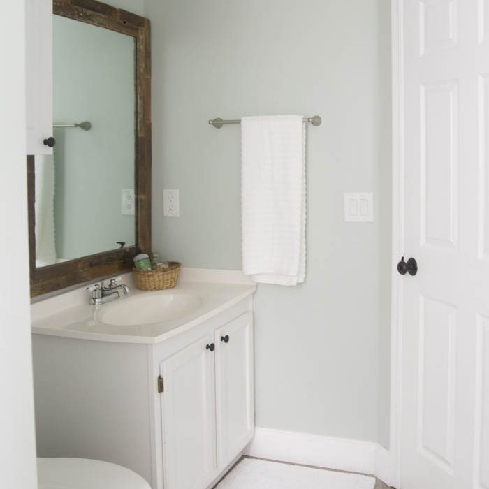 Beachy Budget Friendly Bathroom Makeover
