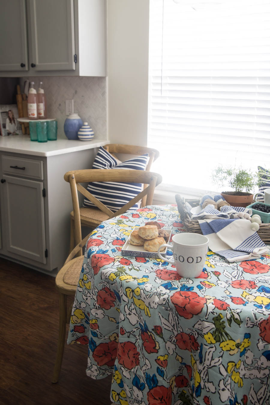 Summer Kitchen + Breakfast Nook-11