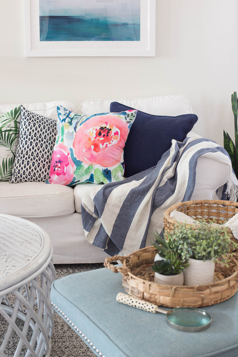 WOW this girl reveals all of her throw pillow sources.