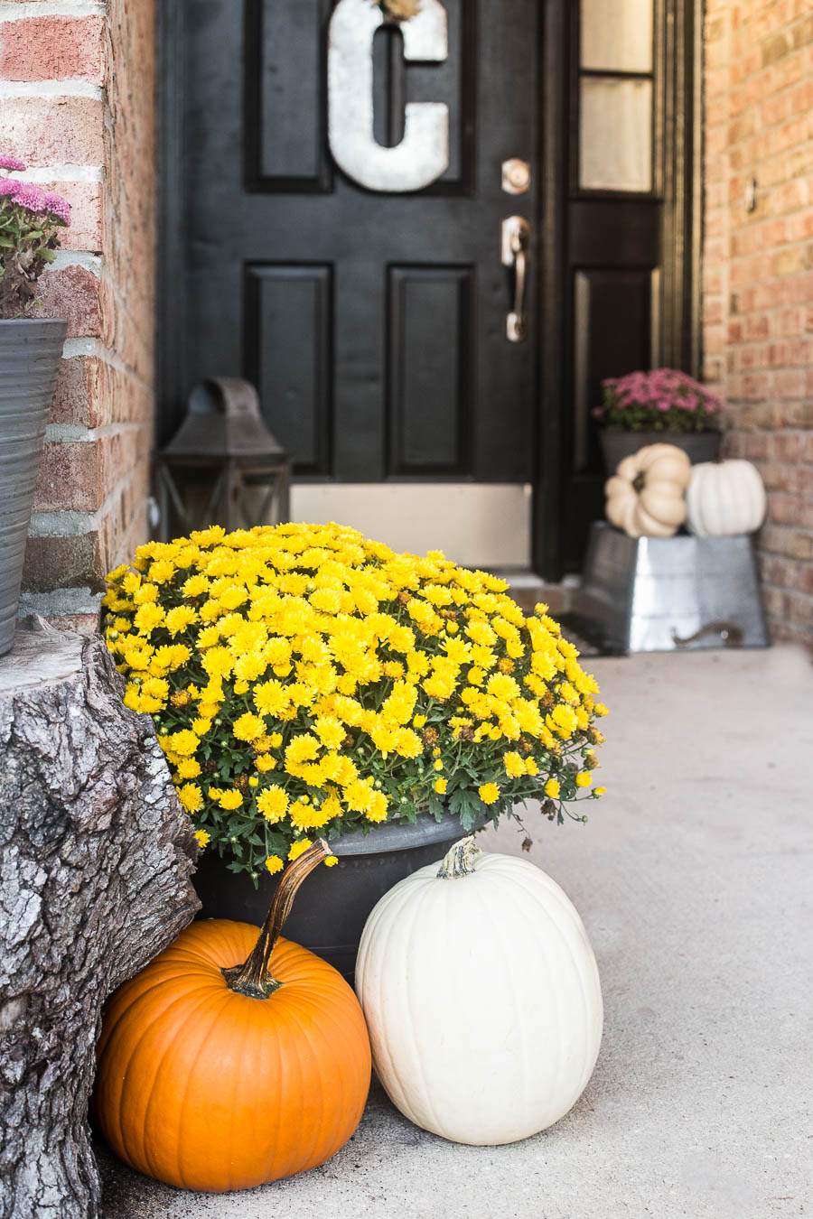 Easy 5 Minute Fall Porch Decorating