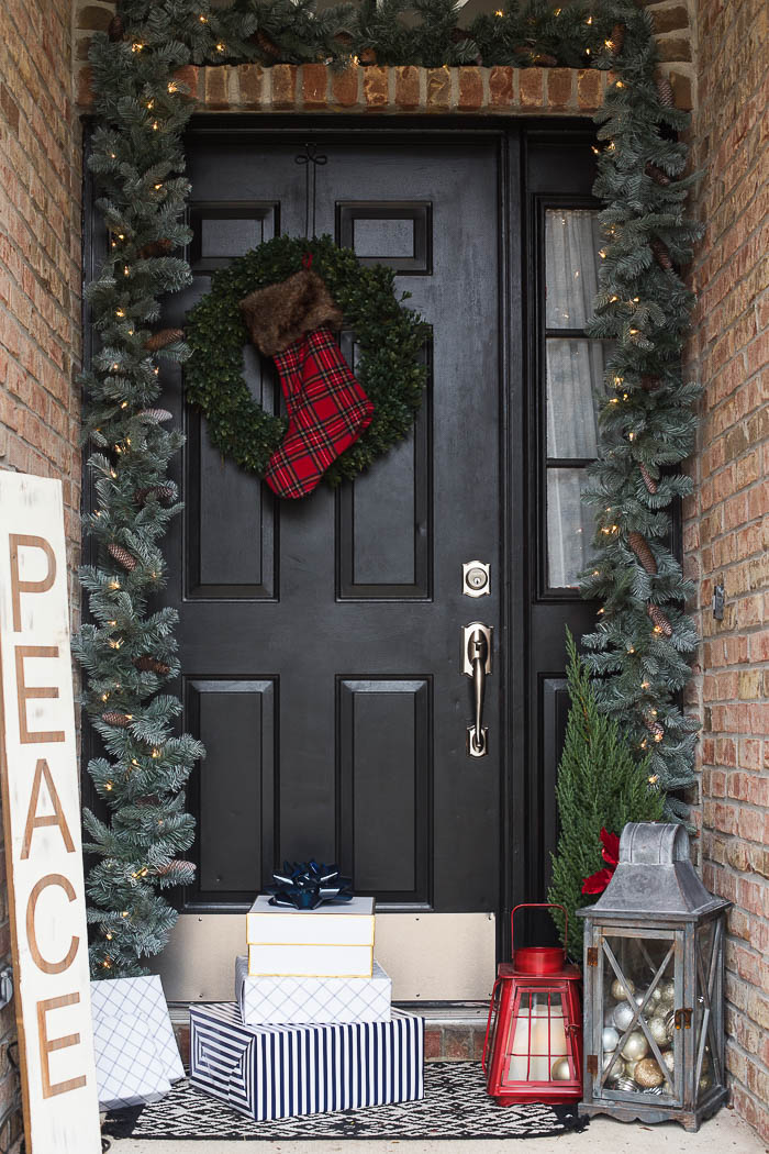 front porch christmas decor ideas 3 - Christmas Decorating Tips