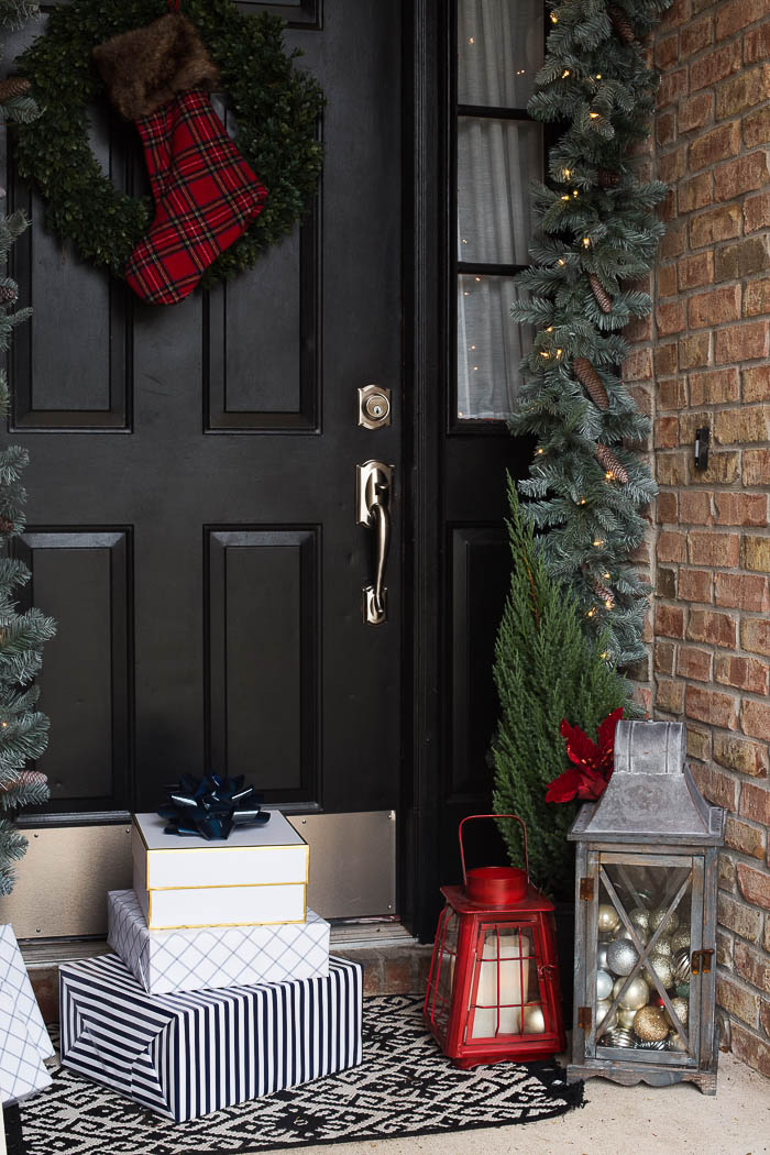 front porch christmas decor ideas 8 - Front Door Christmas Decorations Ideas