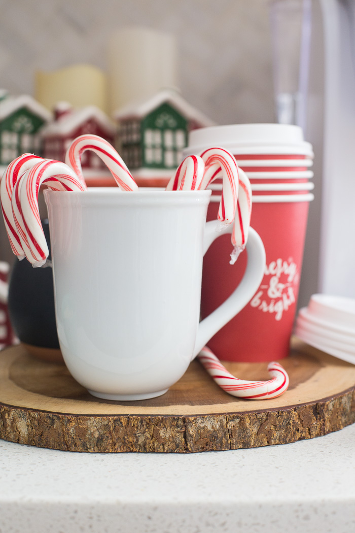 holiday-cocoa-bar-with-free-printable-10