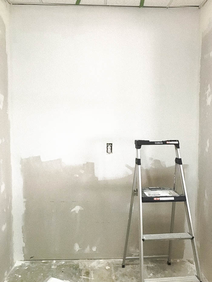 Color Block Accent Wall With Diy Shelves One Day Project