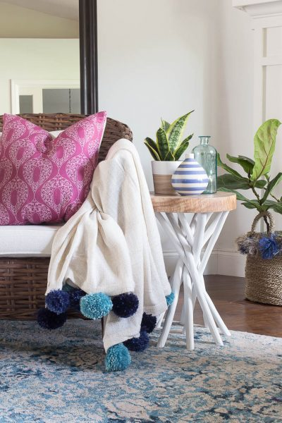 DIY Pom Pom Throw Blanket