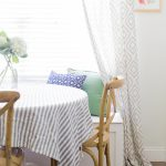 Simple Summer Kitchen and Breakfast Nook