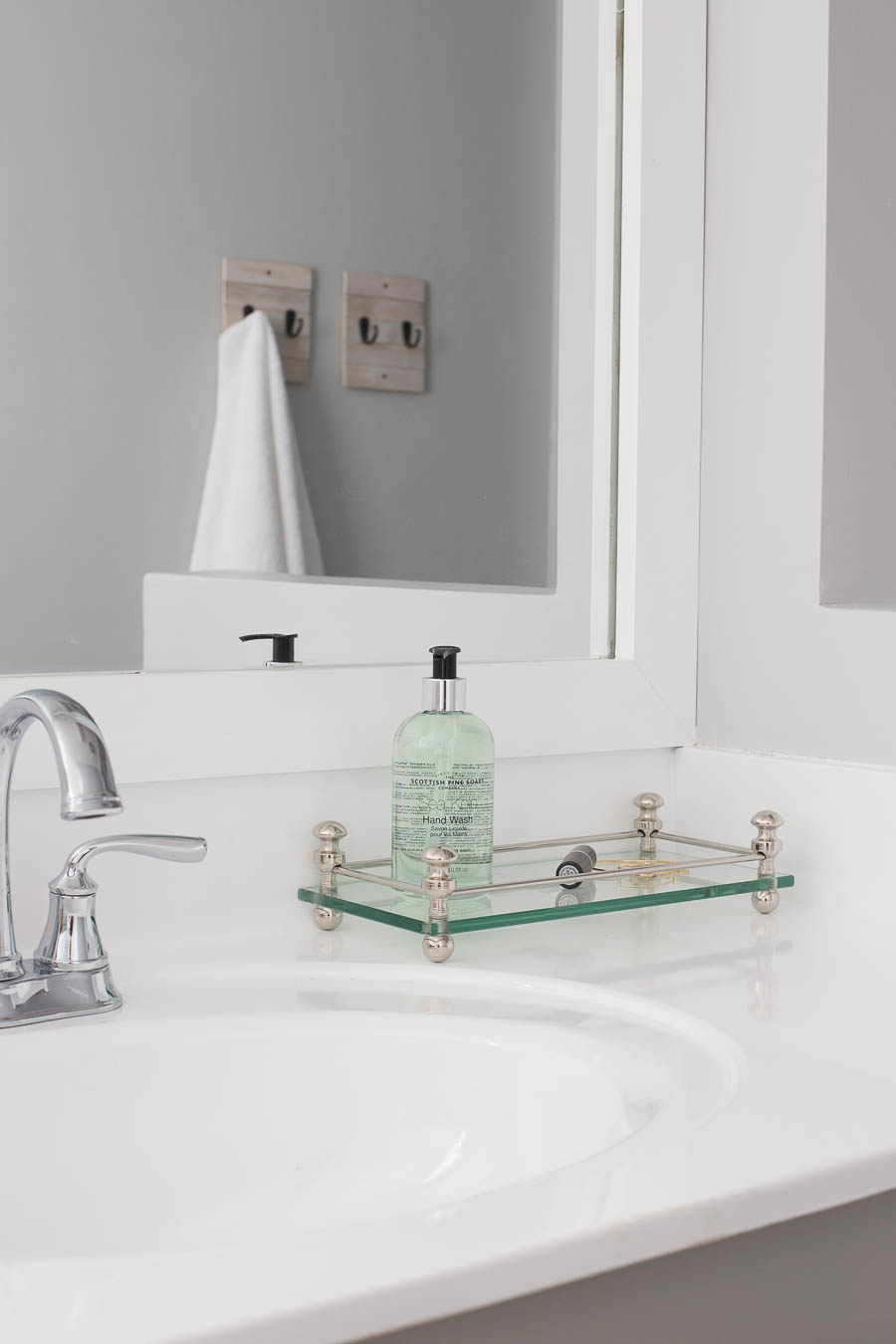 Can't replace your bathroom vanity? Refinish the bathroom countertop instead. This technique creates a beautiful clean look without spending much money