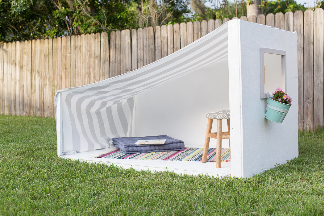 DIY Kids Backyard Hideaway - Create a little outdoor imagination station for your kids by building one of these little outdoor nooks