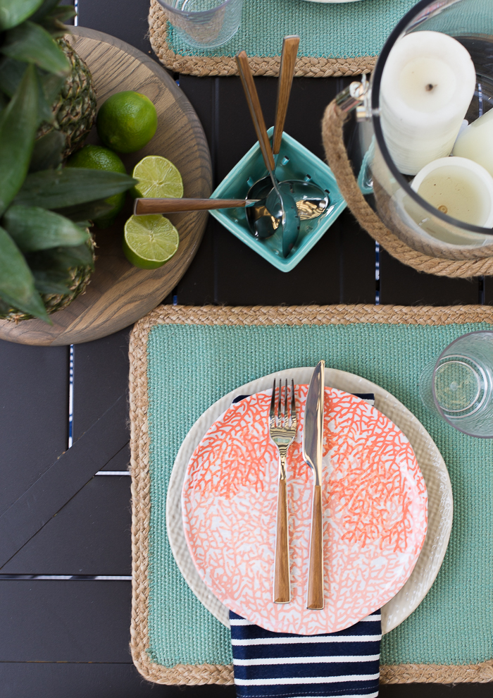 Gorgeous outdoor summer tablescape