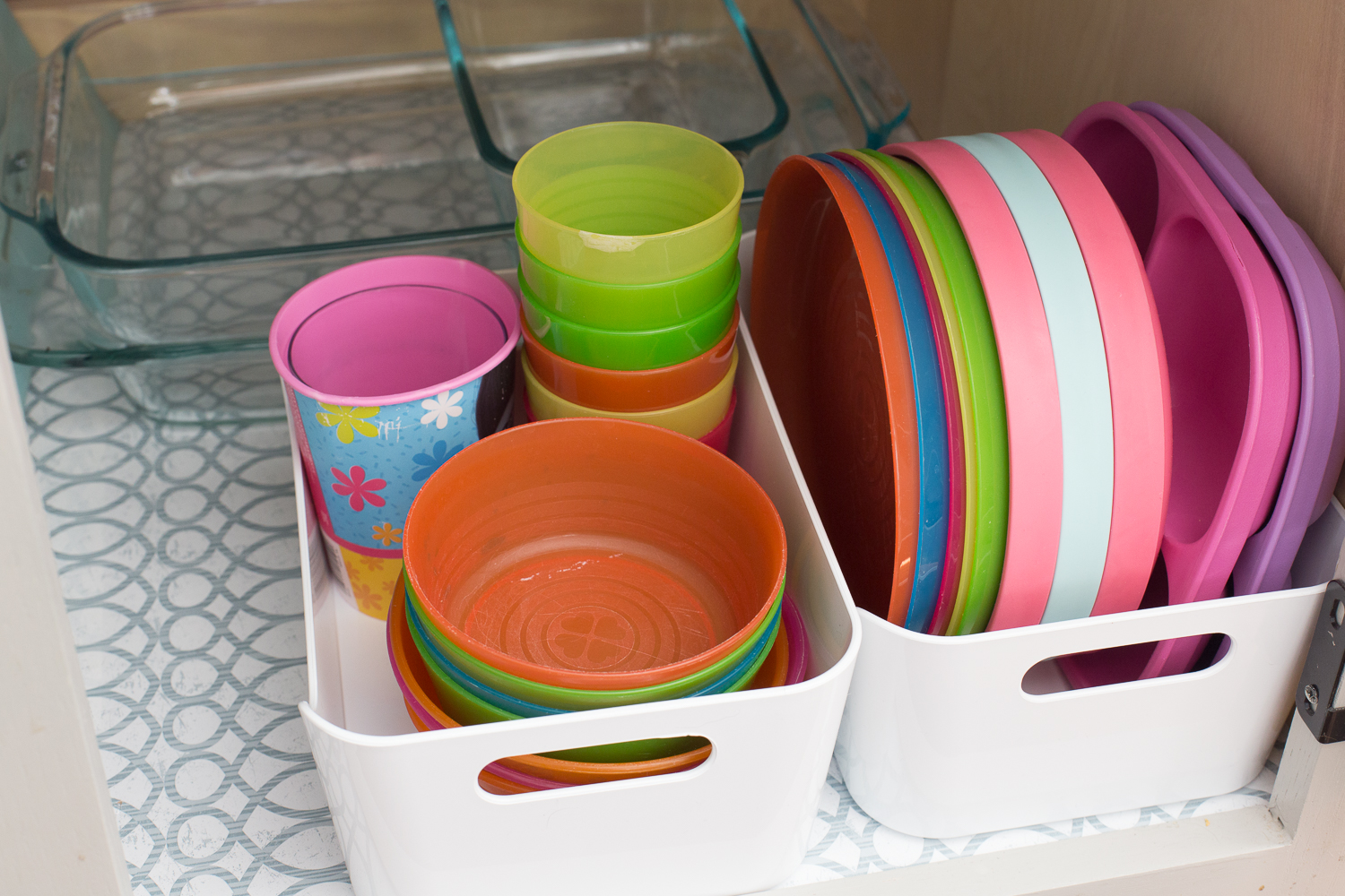 Tips for organizing the kitchen cabinets and drawers once and for all