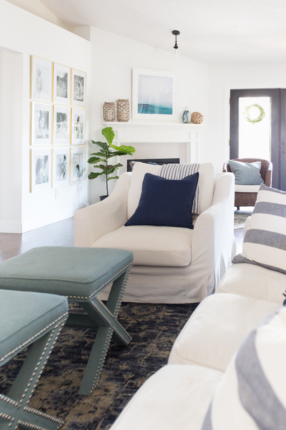 I love this achievable and chic coastal inspired living room