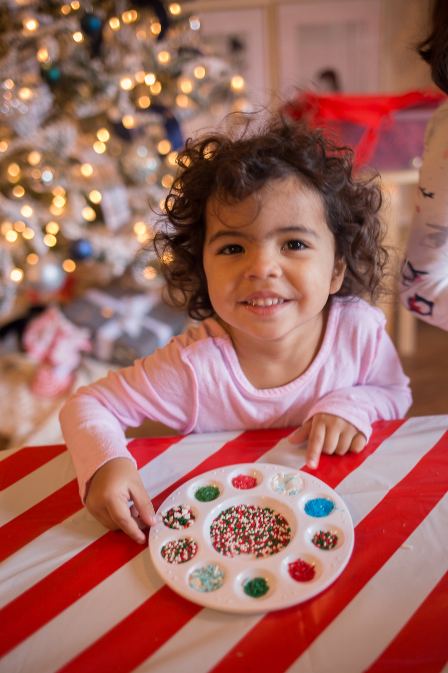 How to host a kids cookie decorating party