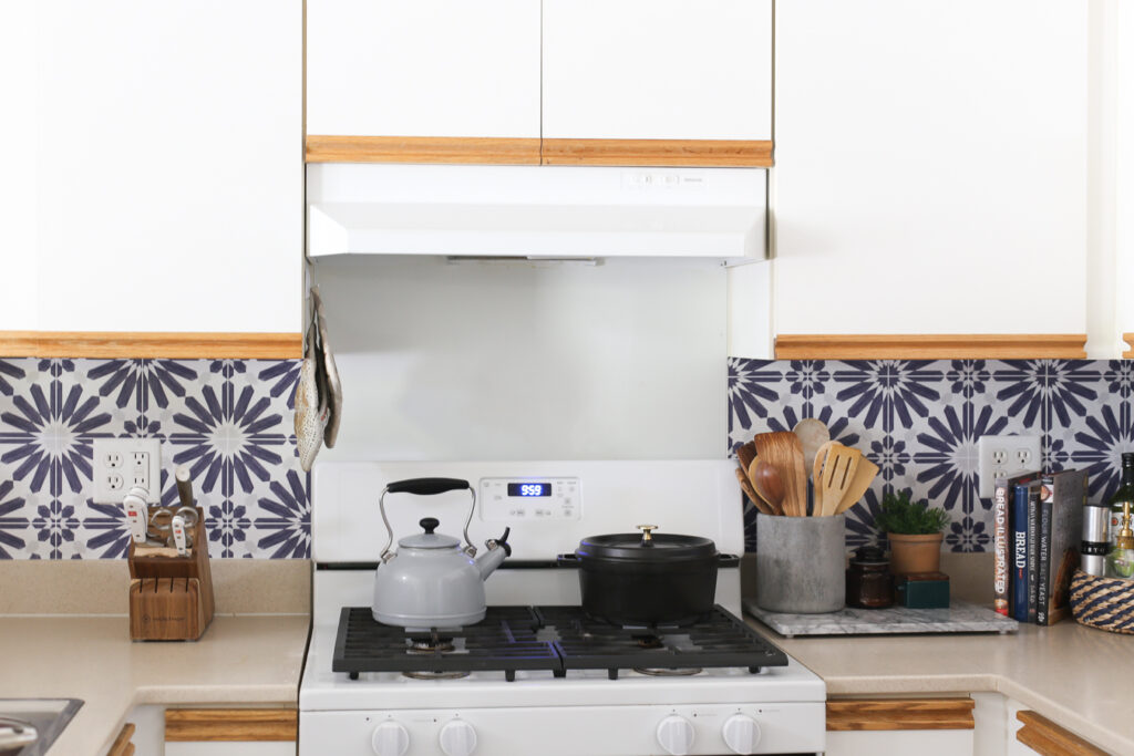 Peel and Stick Kitchen Backsplash - how to install and where to buy!