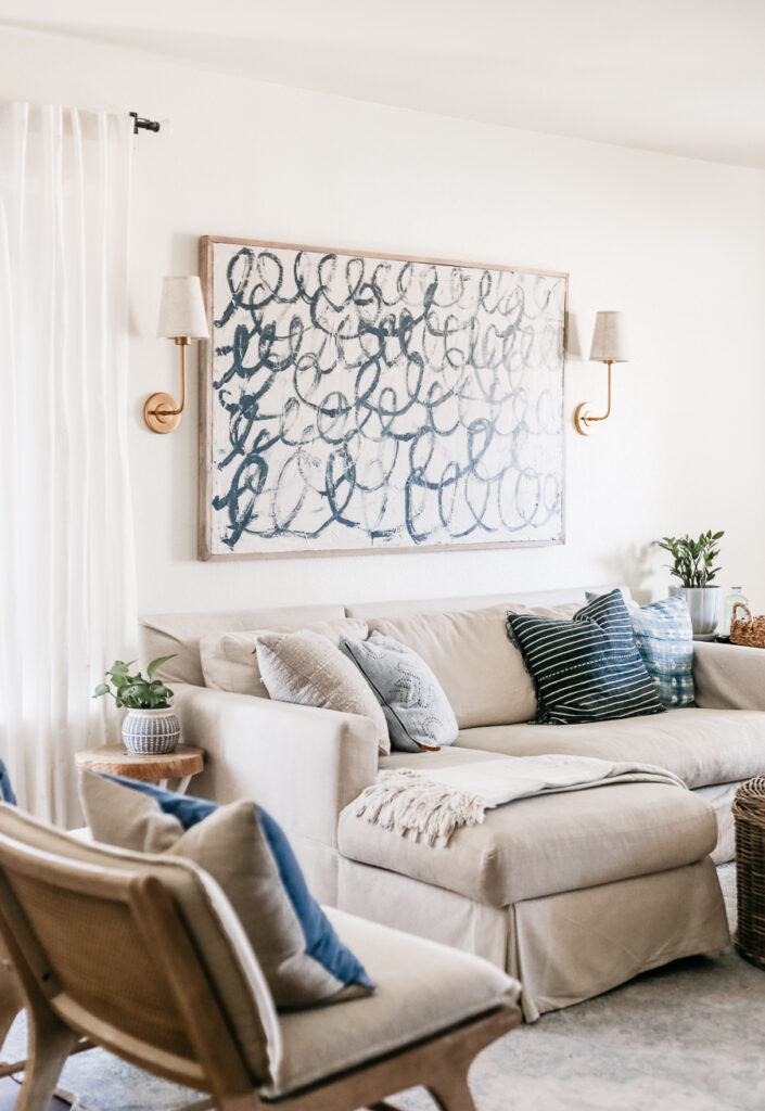 How to Decorate a Rental Home - The ultimate guide for decorating a rental.