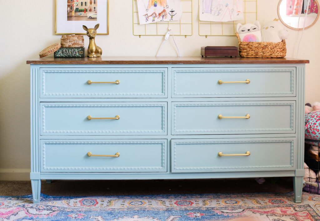 blue painted dresser - free dresser brought back to life with behr green meets blue