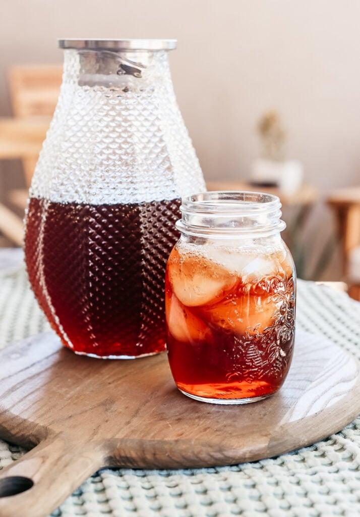 Sweet sun tea - how to make it all summer long